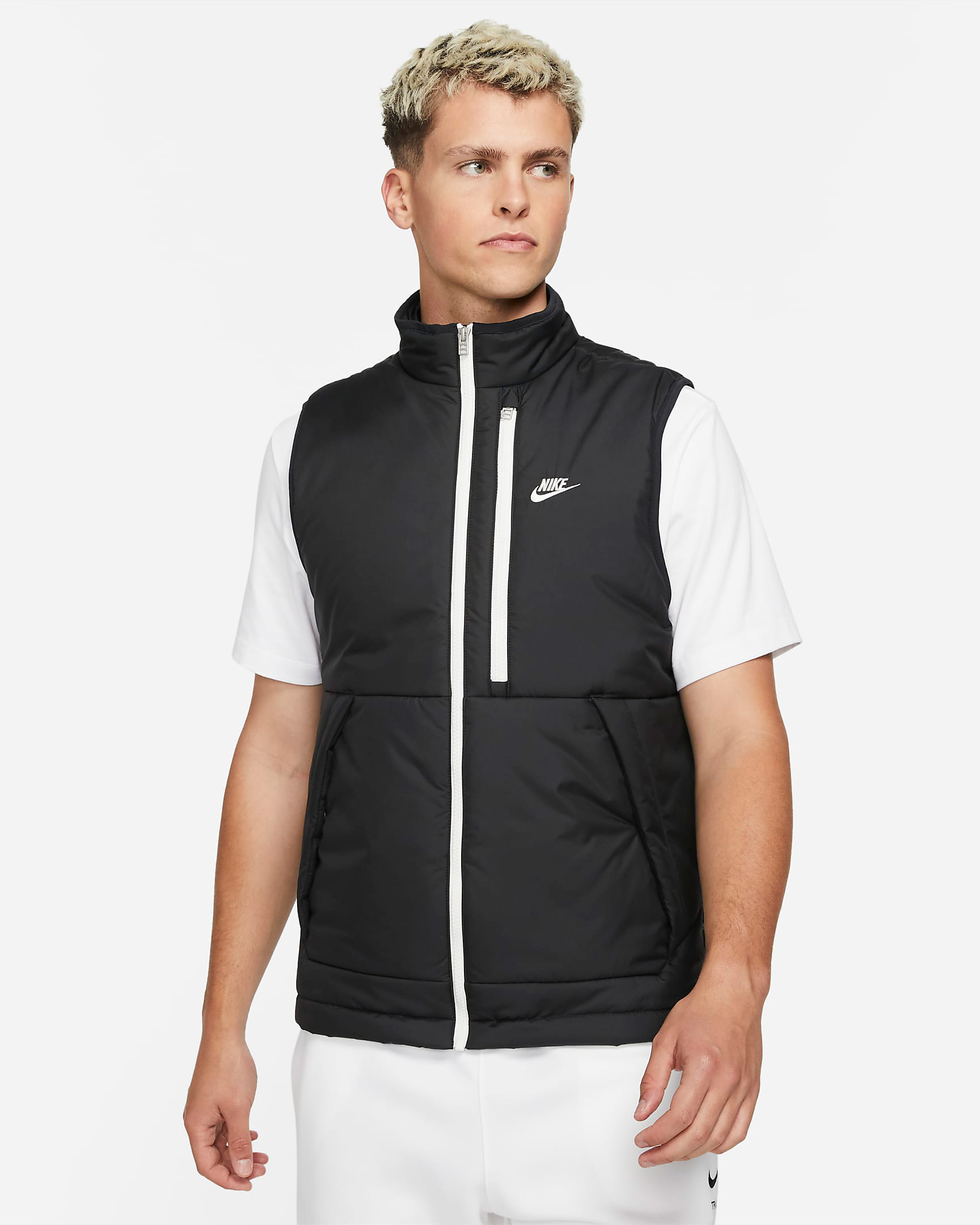 nike-sportswear-therma-fit-legacy-hooded-vest-black-sail