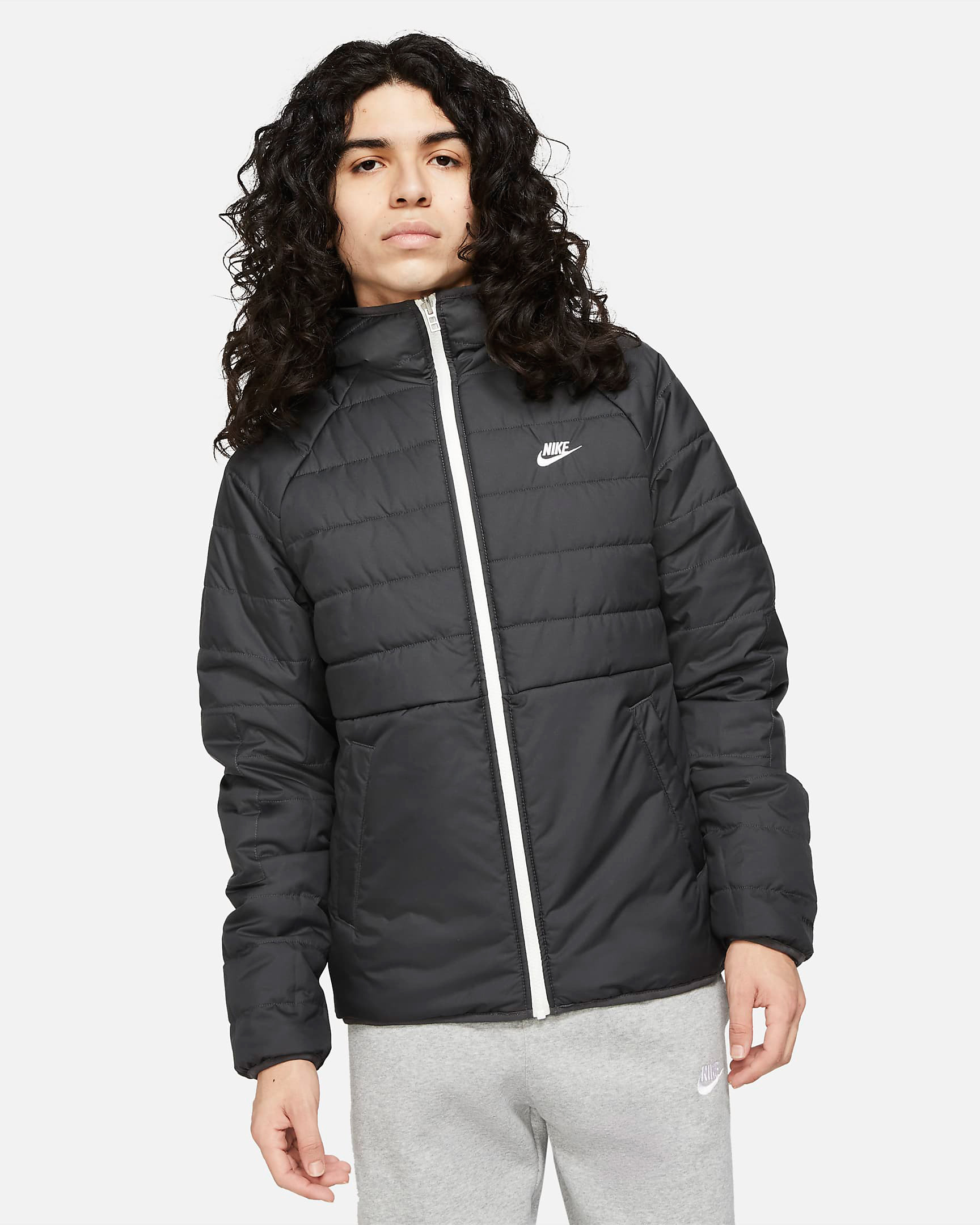 nike-sportswear-therma-fit-legacy-reversible-hooded-jacket-black-sail-1