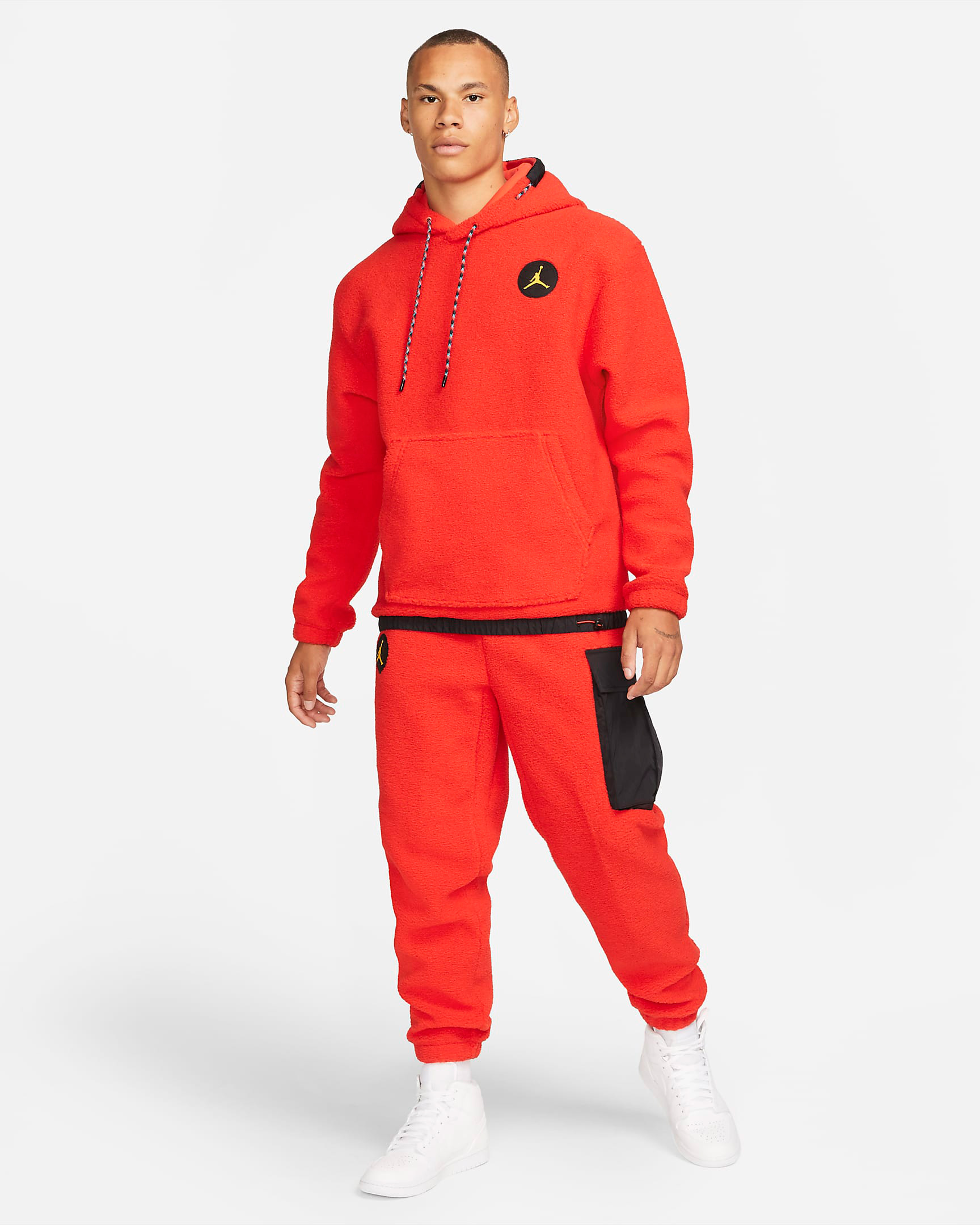 jordan-chile-red-mountainside-hoodie-pants-outfit
