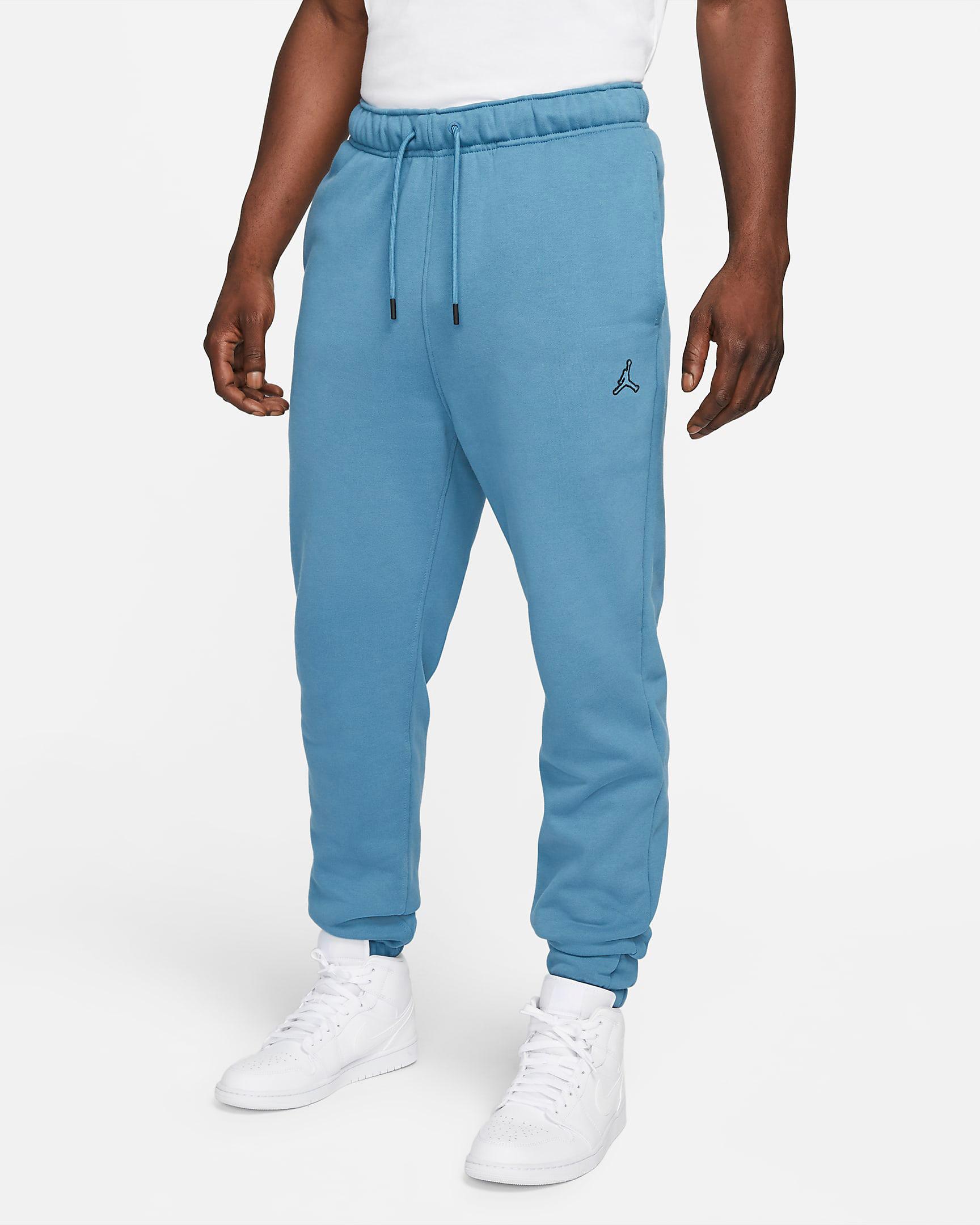 jordan-rift-blue-essentials-fleece-pants-1