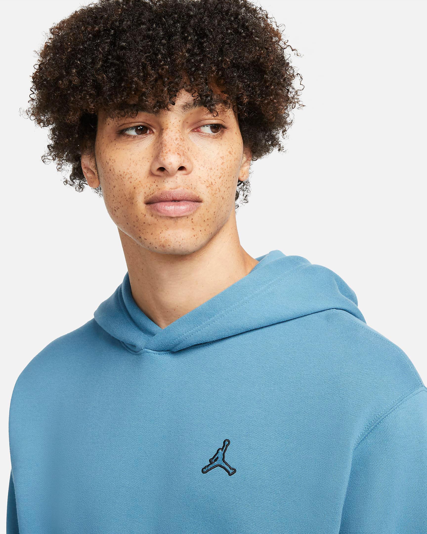 jordan-rift-blue-essentials-hoodie-2