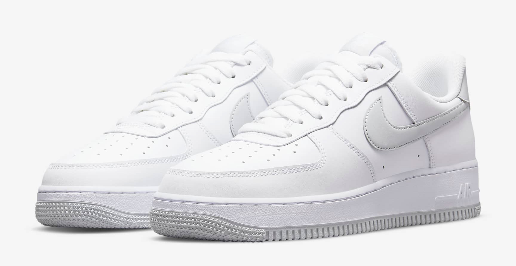 nike-air-force-1-low-white-pure-platinum-1