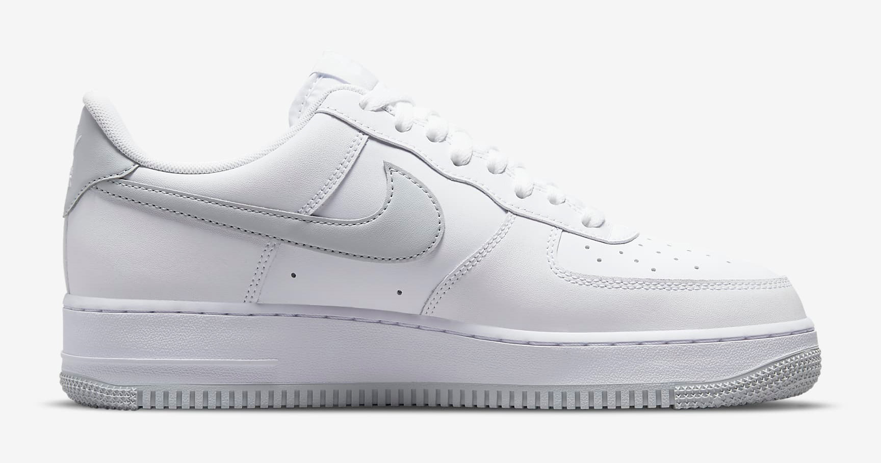 nike-air-force-1-low-white-pure-platinum-3