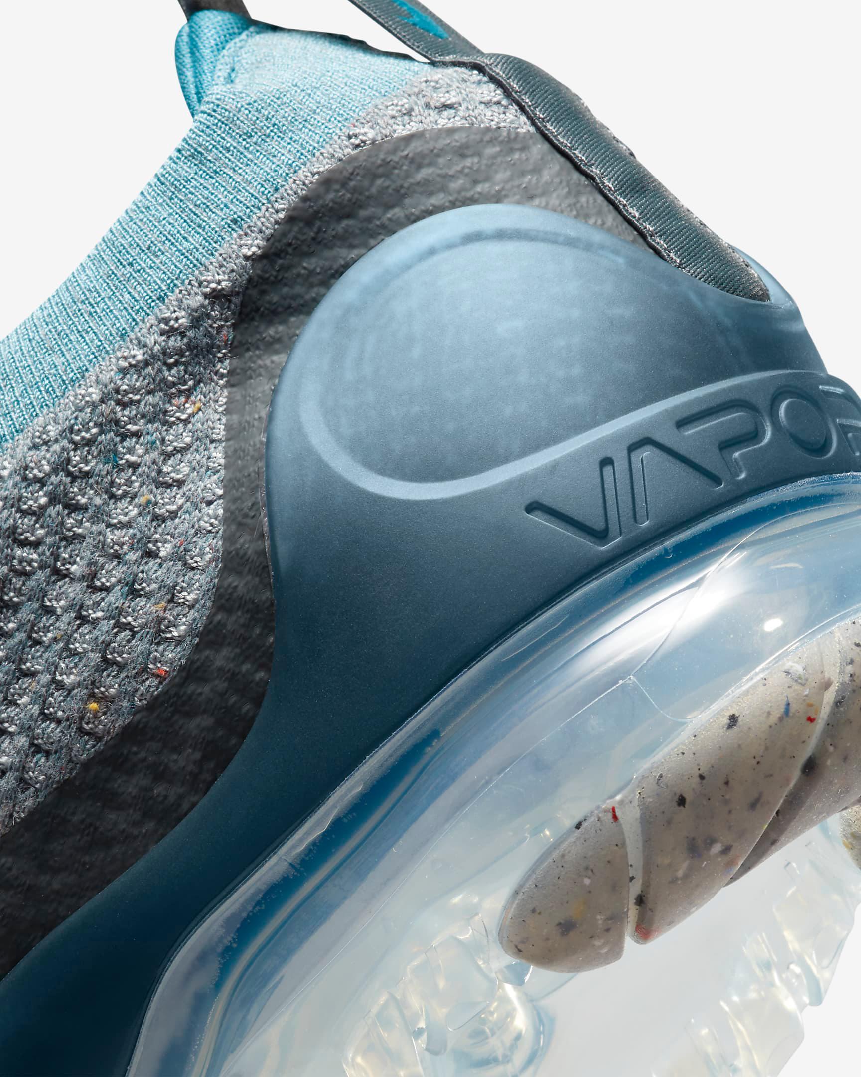 nike-air-vapormax-2021-flyknit-rift-blue-wolf-grey-photon-dust-dark-teal-green-8
