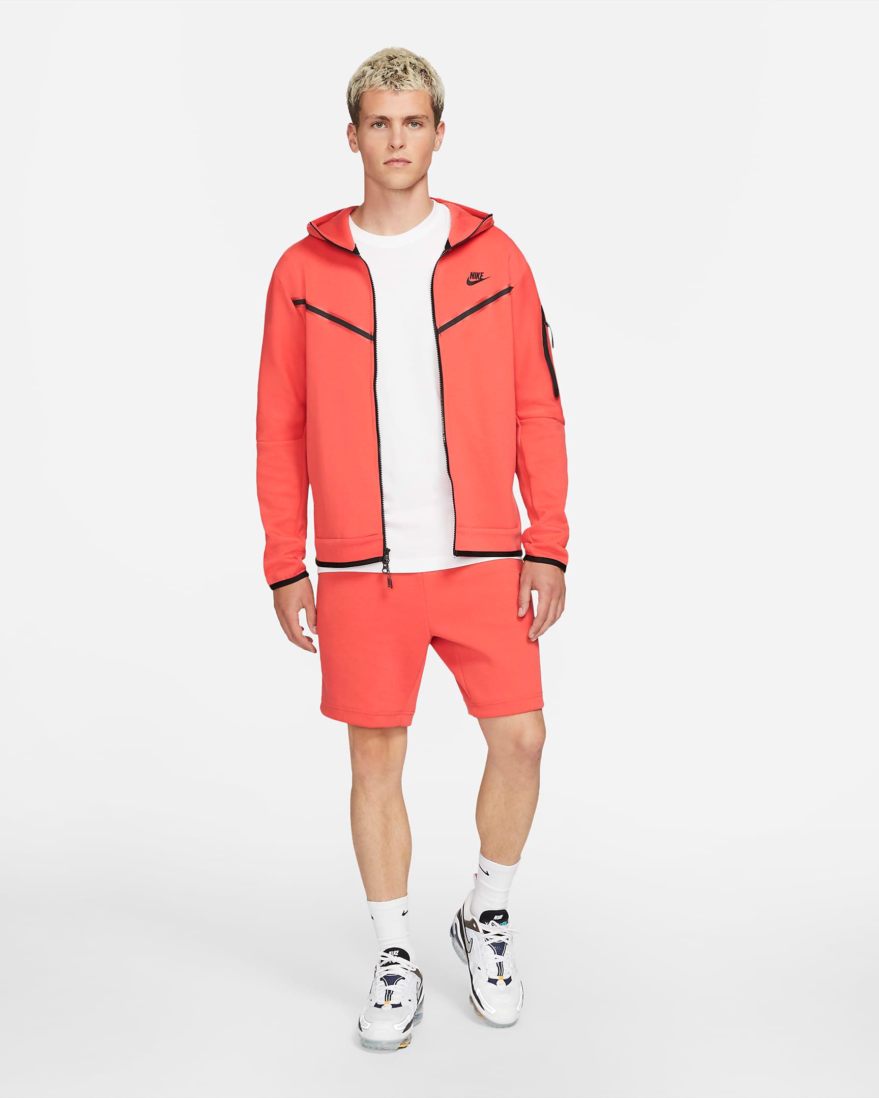 nike-lobster-tech-fleece-apparel