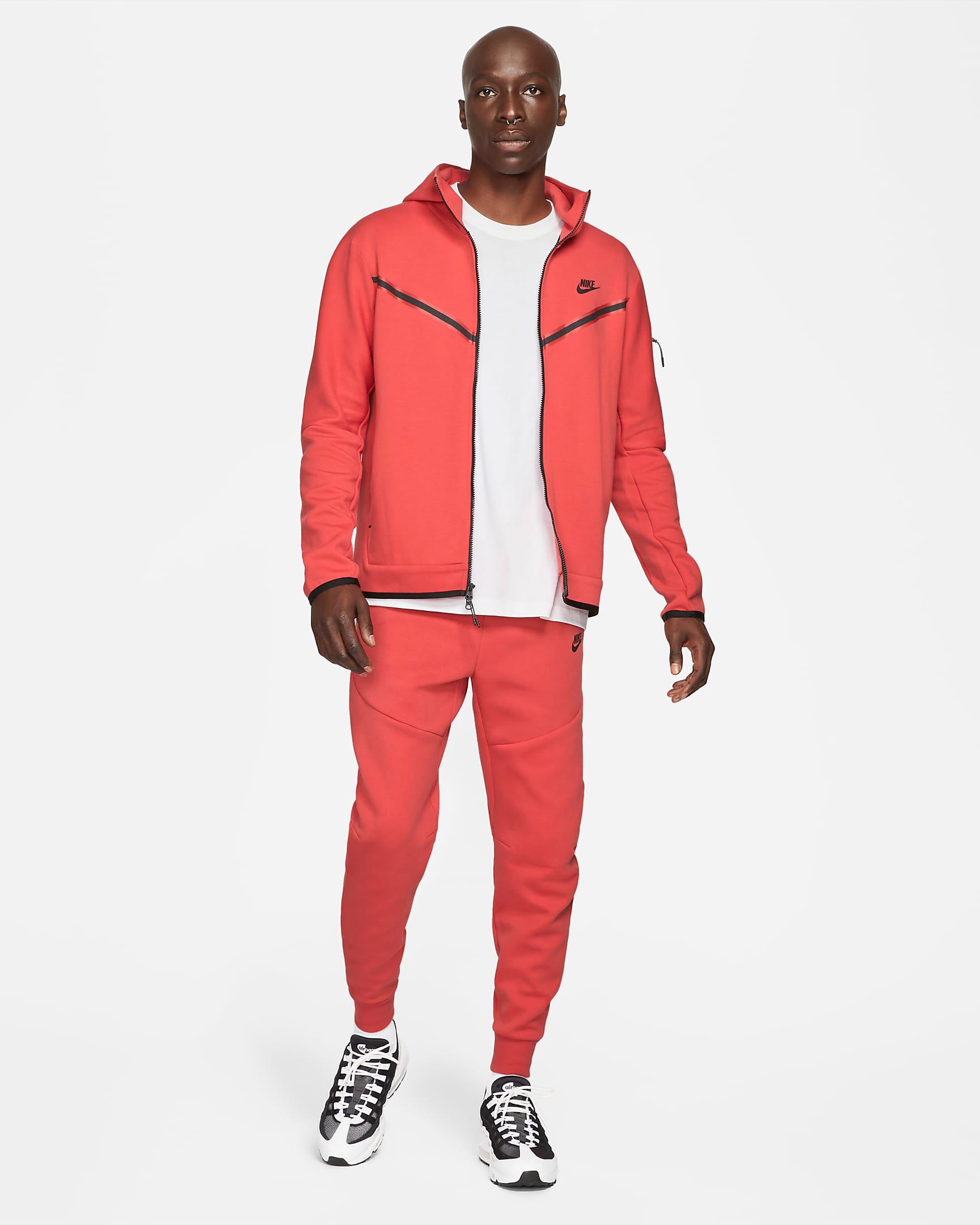 nike-lobster-tech-fleece-clothing