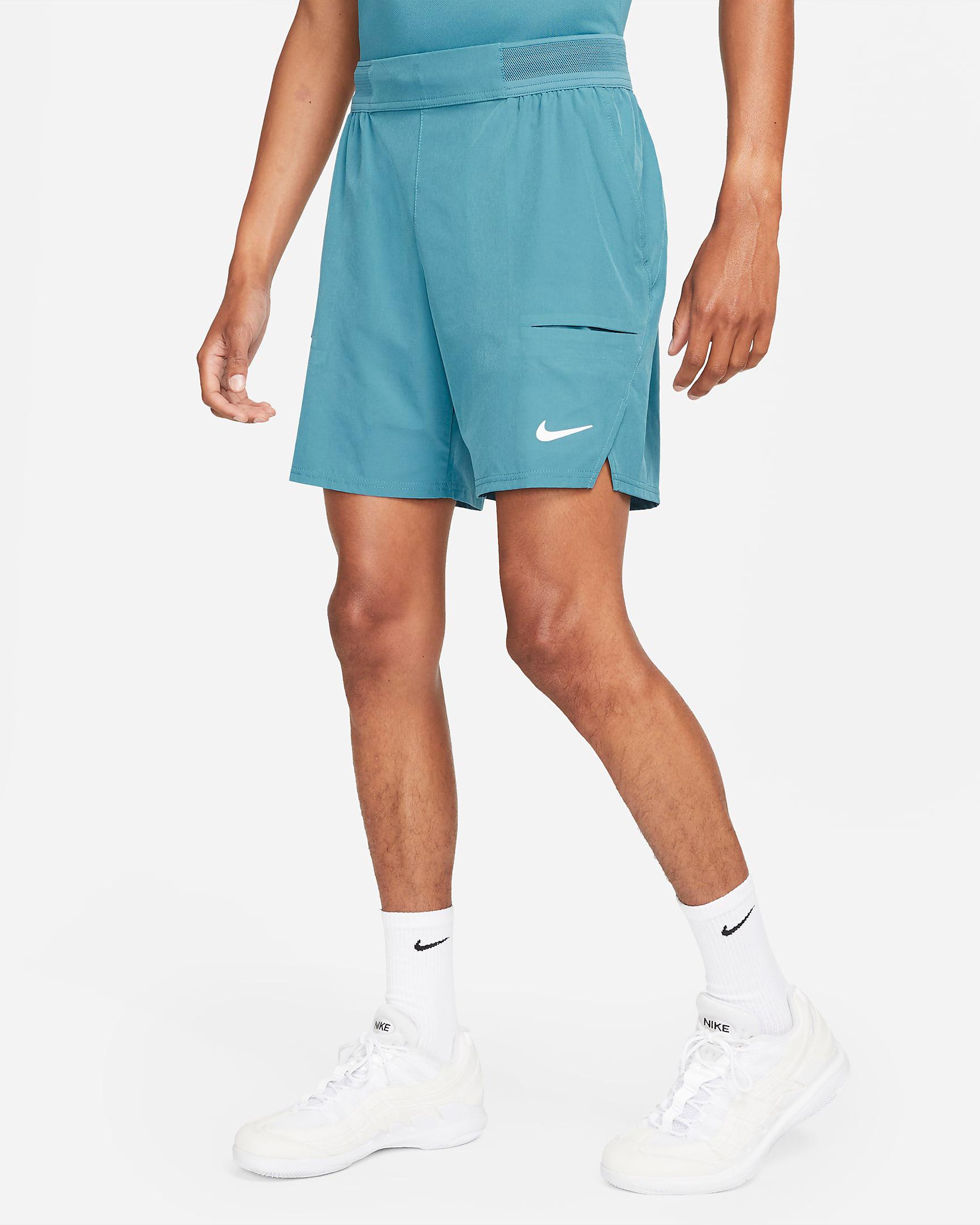 nike-rift-blue-tennis-shirt-shorts-1