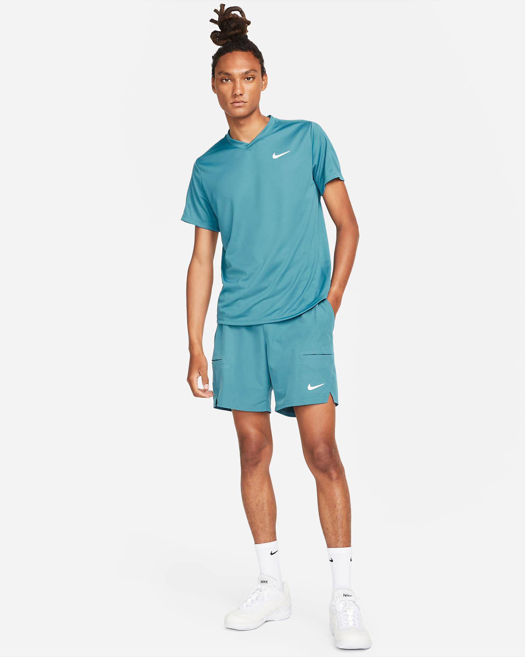 nike-rift-blue-tennis-shirt-shorts-outfit