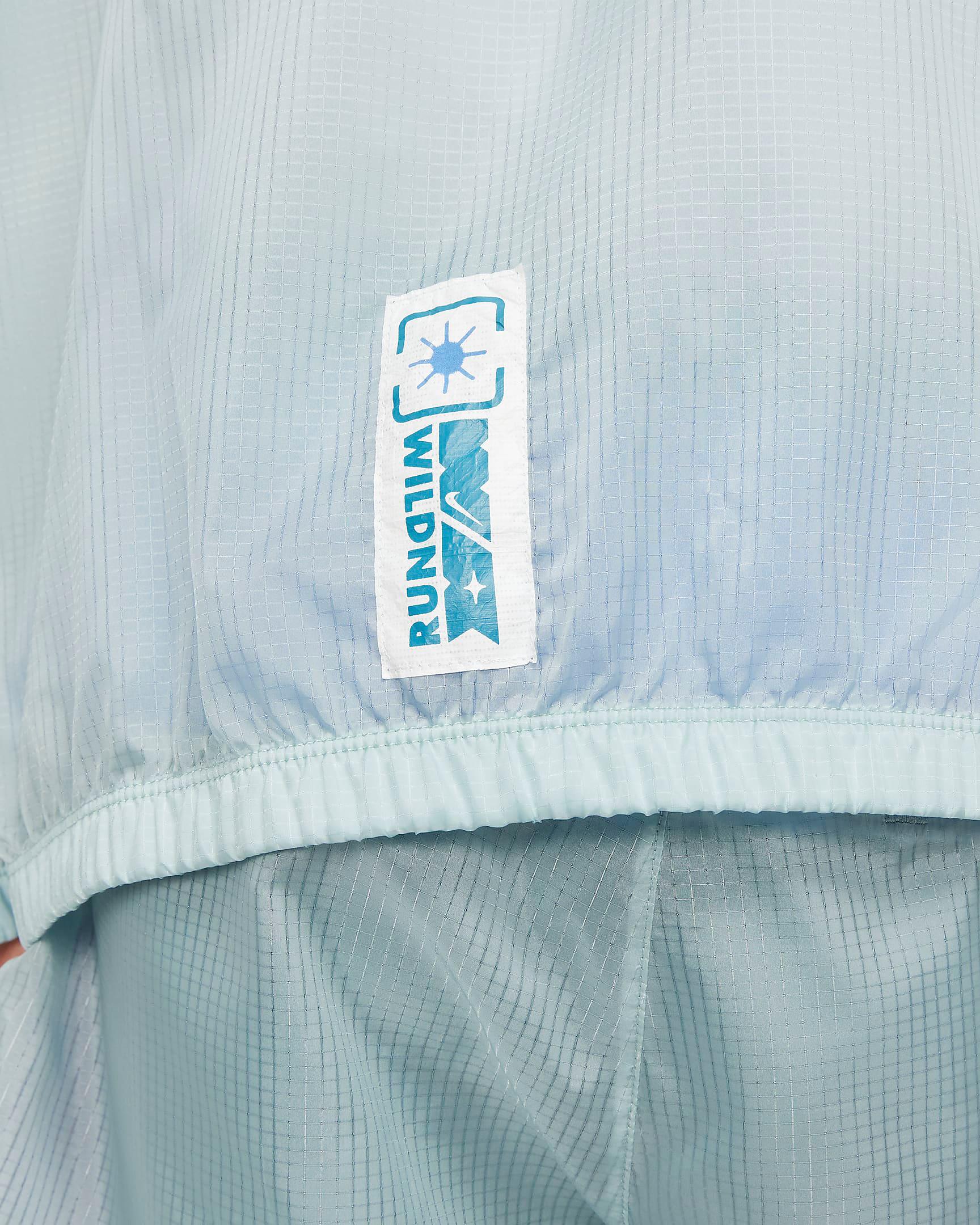 nike-rift-blue-wild-run-windrunner-jacket-6