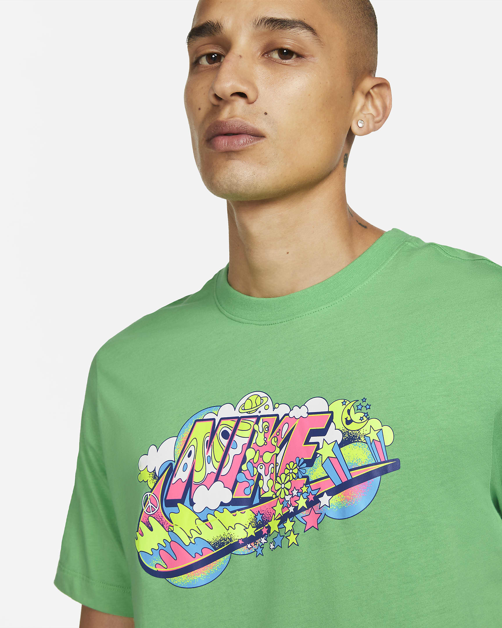 nike-sportswear-mens-black-light-t-shirt-wNmkGJ-1.png